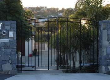 driveway-gates-doormaster