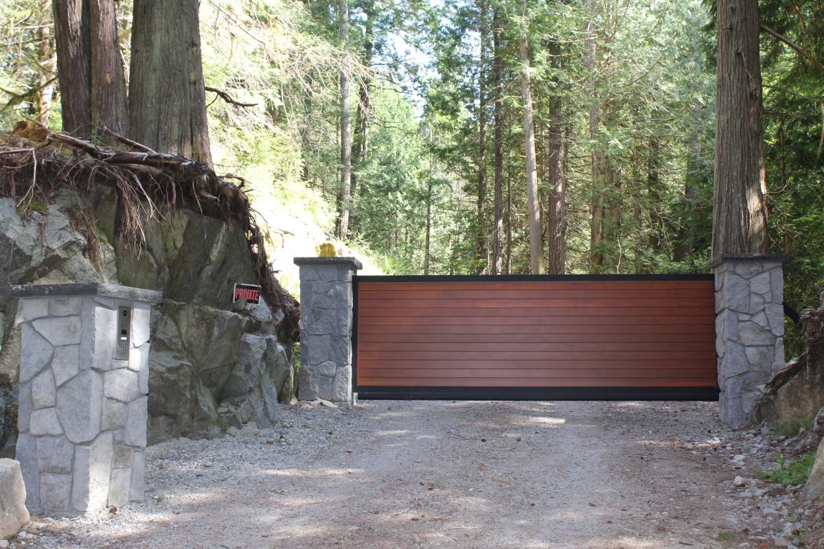 Sliding gate installation in Halfmoon Bay