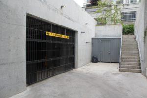North Vancouver commercial garage door instalation