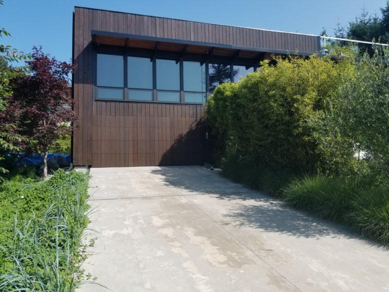 West Vancouver garage door installation