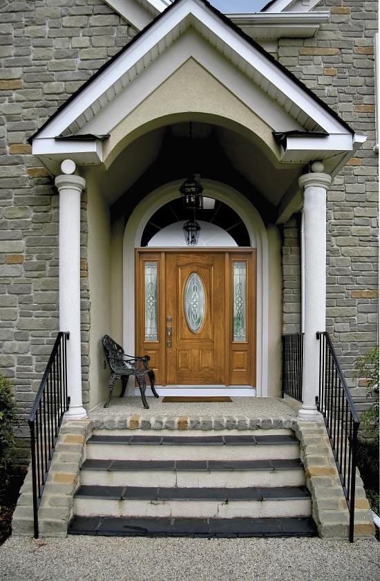 Clopay entry door - Pinehill